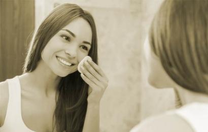 4 dicas para fazer limpeza de pele
