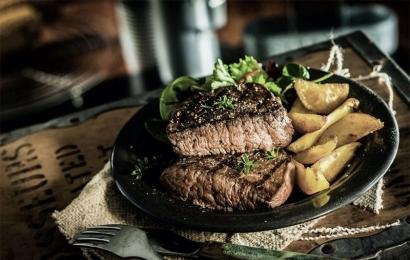 4 motivos para experimentar comida de boteco
