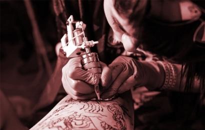 8 dicas de como cuidar da tatuagem.